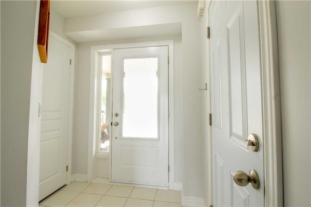 Townhouse at 847 Cook Cres, Shelburne, Ontario. Image 7