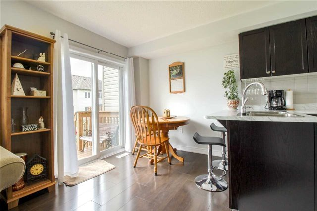 Townhouse at 847 Cook Cres, Shelburne, Ontario. Image 8