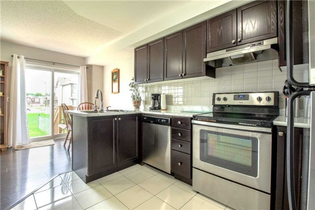 Townhouse at 847 Cook Cres, Shelburne, Ontario. Image 10
