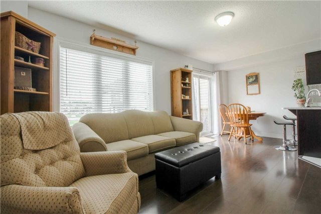Townhouse at 847 Cook Cres, Shelburne, Ontario. Image 12