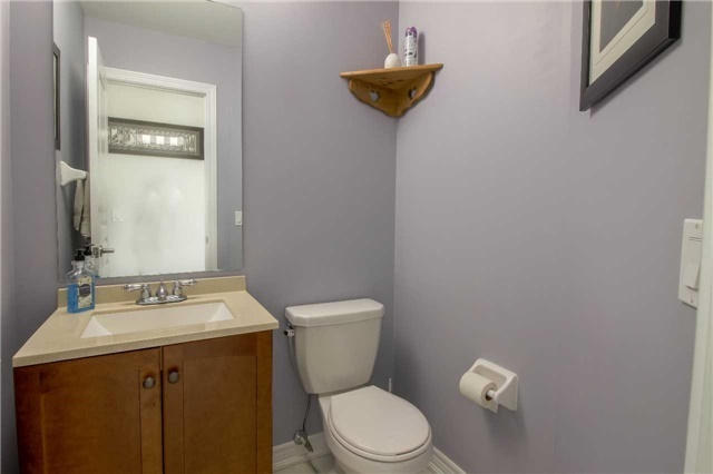 Townhouse at 847 Cook Cres, Shelburne, Ontario. Image 3