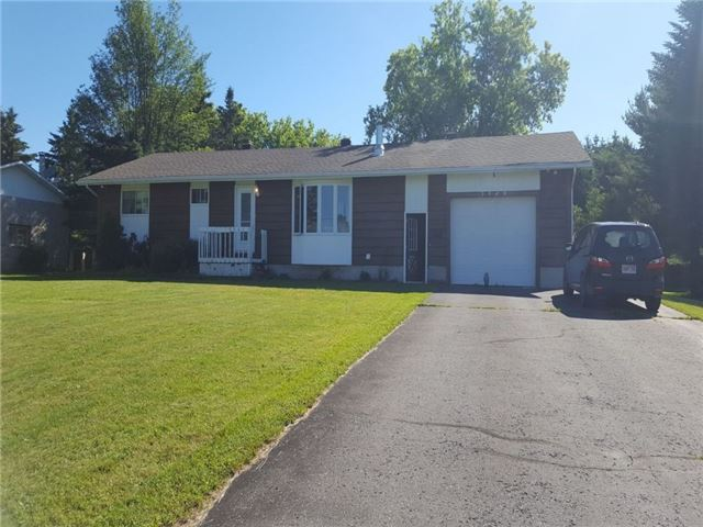 Detached at 3949 Champlain St, Clarence-Rockland, Ontario. Image 1
