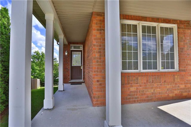 Detached at 115 Baggs Cres, Cambridge, Ontario. Image 11