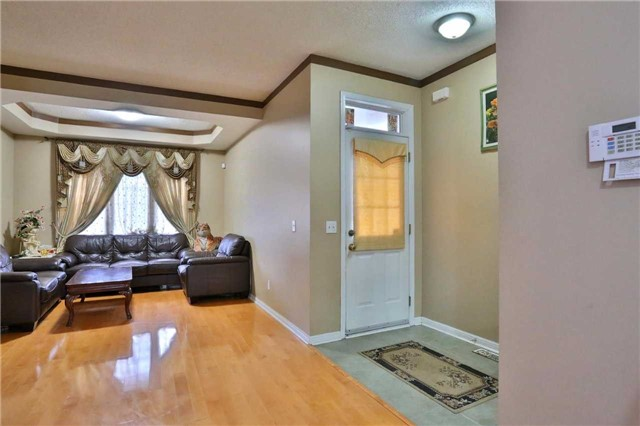 Detached at 115 Baggs Cres, Cambridge, Ontario. Image 12