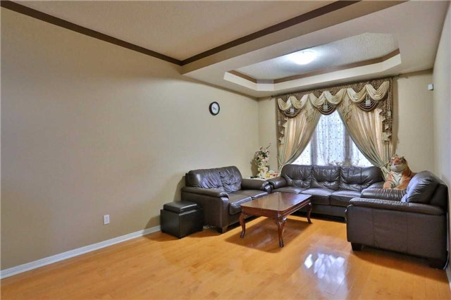 Detached at 115 Baggs Cres, Cambridge, Ontario. Image 13
