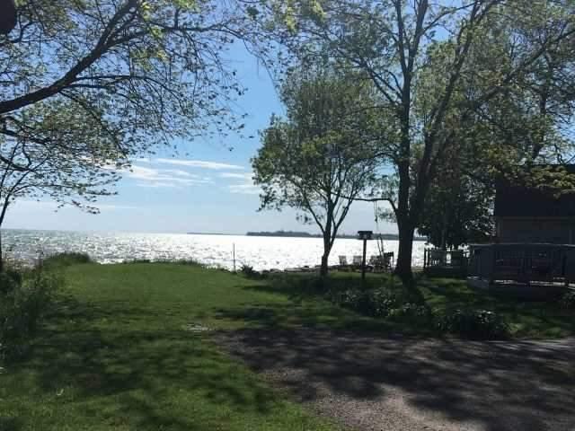 Cottage at 11 Beach Rd, Haldimand, Ontario. Image 7