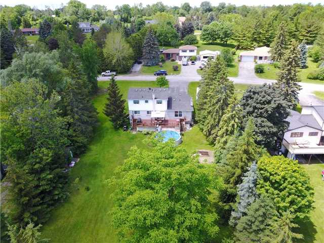 Detached at 15 Robinglade Dr, Kawartha Lakes, Ontario. Image 13