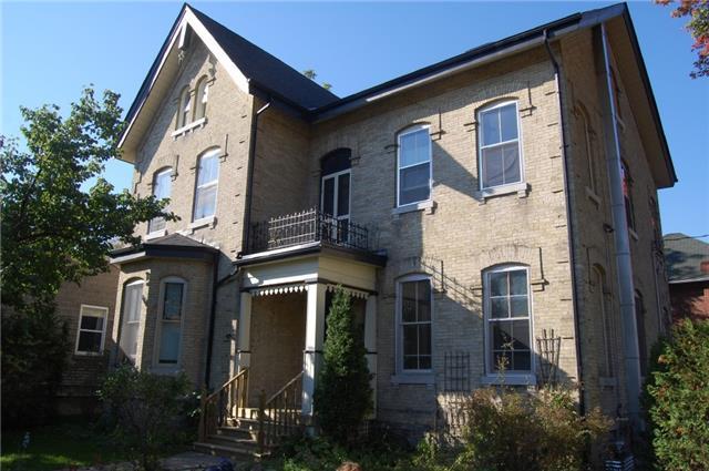 Triplex at 73 William St S, Kawartha Lakes, Ontario. Image 9