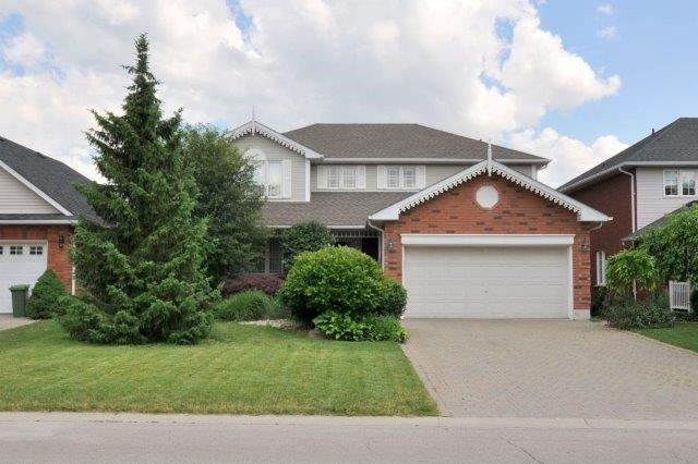 Detached at 199 Alderlea Ave, Hamilton, Ontario. Image 1