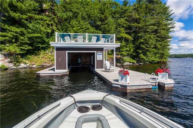 Cottage at 1001 Sagamo Blvd, Muskoka Lakes, Ontario. Image 5