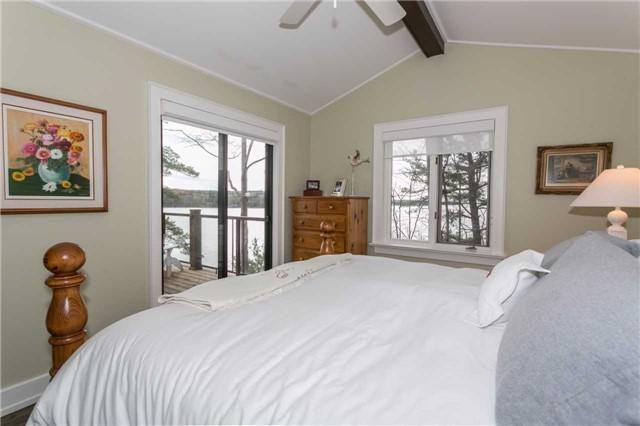 Cottage at 1001 Sagamo Blvd, Muskoka Lakes, Ontario. Image 11