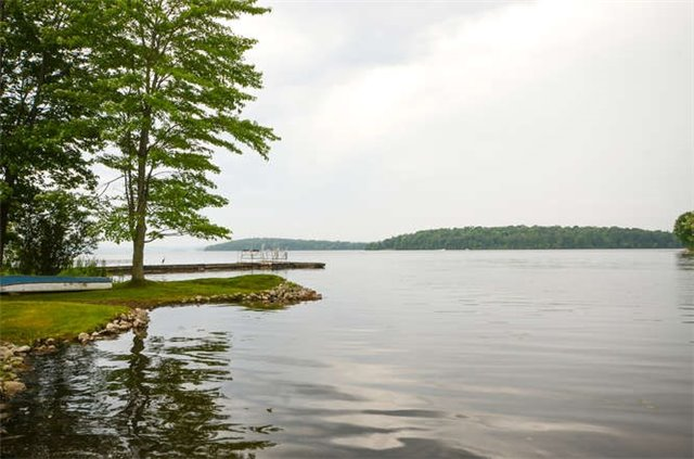Cottage at 5358 Close Point Rd, Hamilton Township, Ontario. Image 3