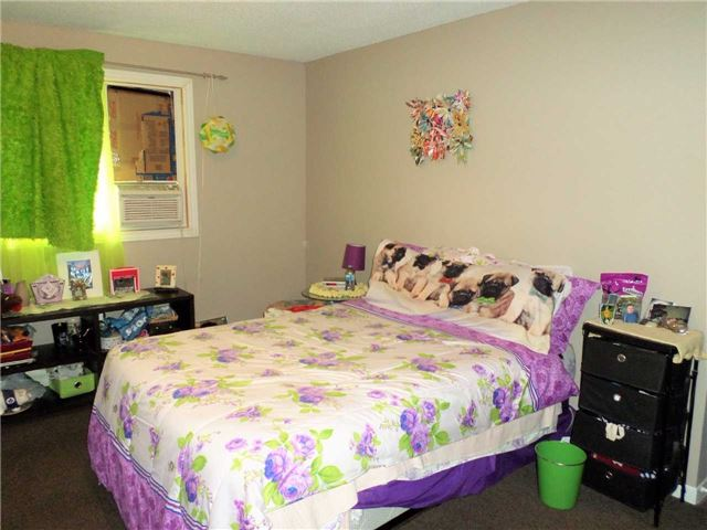 Condo Townhouse at 550 Second St, Unit 28, London, Ontario. Image 5