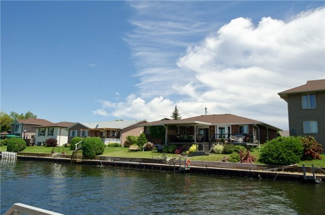 Detached at 4 Rogers Rd, Brighton, Ontario. Image 13