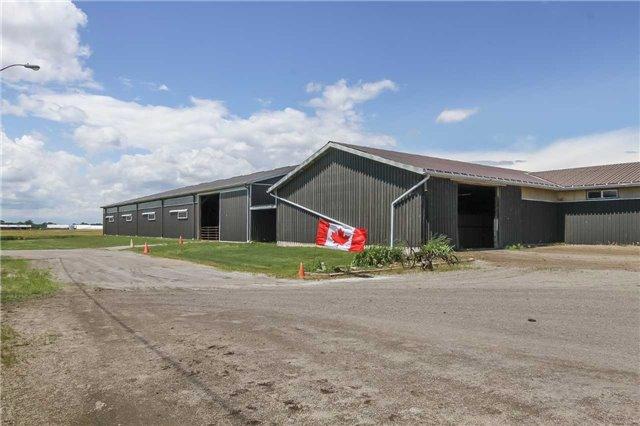 Detached at 843 Concession 1 Rd, Haldimand, Ontario. Image 11