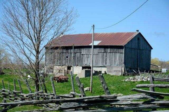 Detached at 395 Elsinore Rd, South Bruce Peninsula, Ontario. Image 10