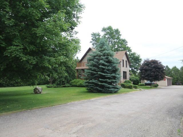 Detached at 8053 Olde Dr, Strathroy-Caradoc, Ontario. Image 14
