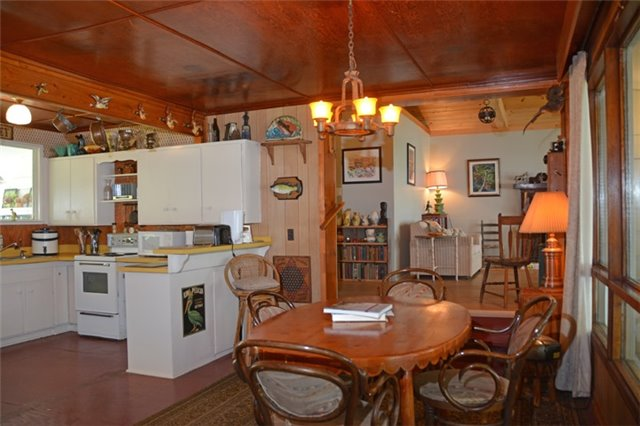 Cottage at 631 Morrison Point Rd N, Prince Edward County, Ontario. Image 2