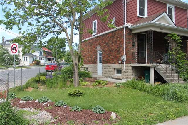 Detached at 506 Victoria St, Kingston, Ontario. Image 13