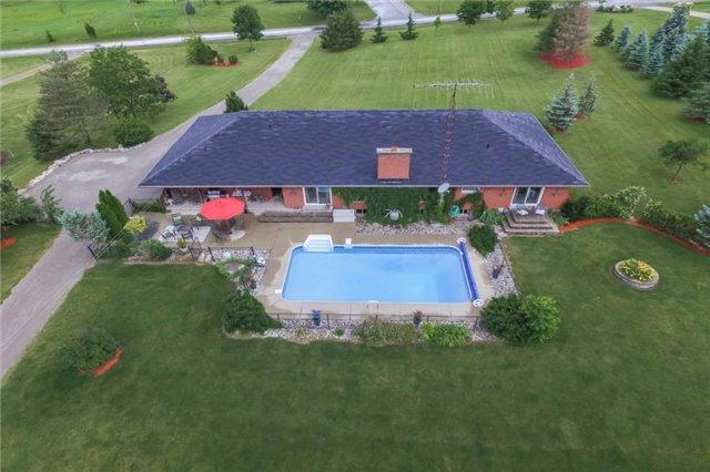 Detached at 2251 River Rd, Haldimand, Ontario. Image 13