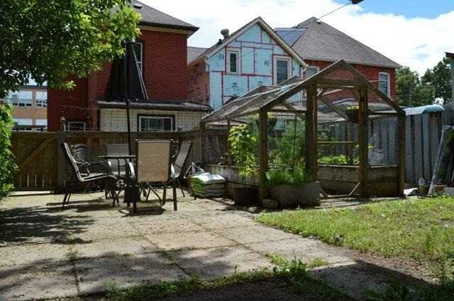 Detached at 17 Smith Ave, Hamilton, Ontario. Image 13