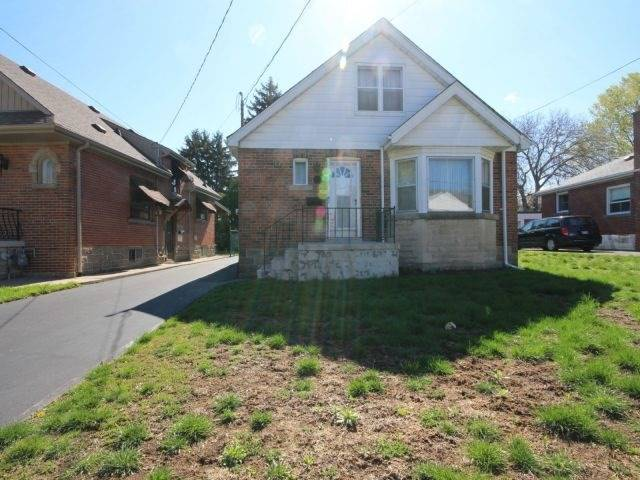 Detached at 57 Rosedale Ave, Hamilton, Ontario. Image 1