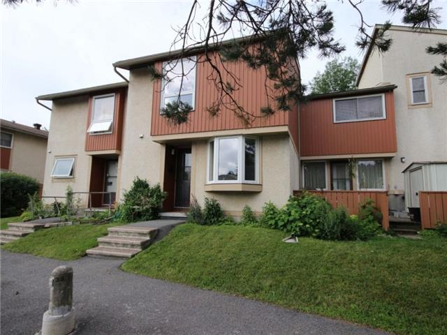 Condo Townhouse at 43 Woodfield Dr, Unit D, Ottawa, Ontario. Image 1