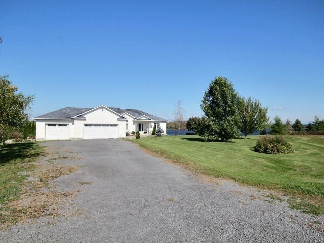 Detached at 1115 Concession Rd 1, Alfred & Plantagenet, Ontario. Image 12