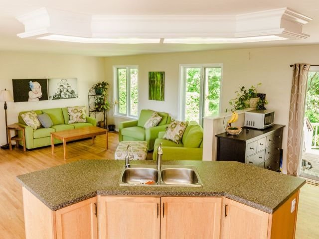 Detached at 723 Route 200, Russell, Ontario. Image 17