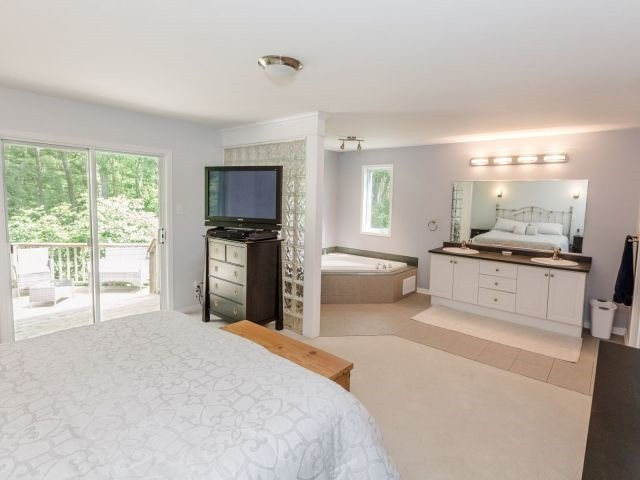 Detached at 723 Route 200, Russell, Ontario. Image 7