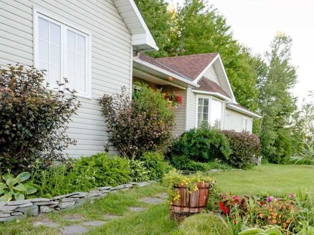 Detached at 723 Route 200, Russell, Ontario. Image 9