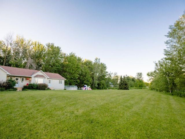 Detached at 723 Route 200, Russell, Ontario. Image 11