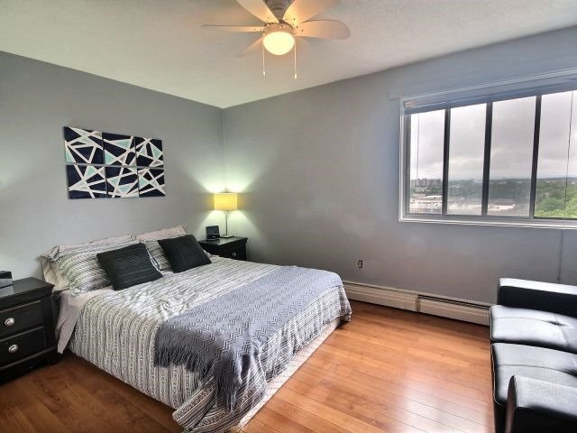Condo Apartment at 20 Chesterton Dr, Unit 912, Ottawa, Ontario. Image 9