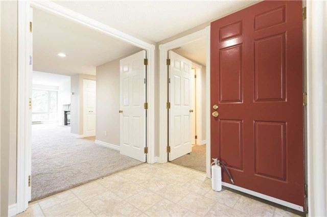 Condo With Common Elements at 921 Hilltop Grandview Dr, Huntsville, Ontario. Image 10