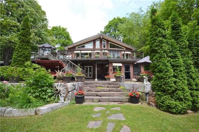 Rural Residence at 38 Hawk's Bay Lane, North Kawartha, Ontario. Image 1