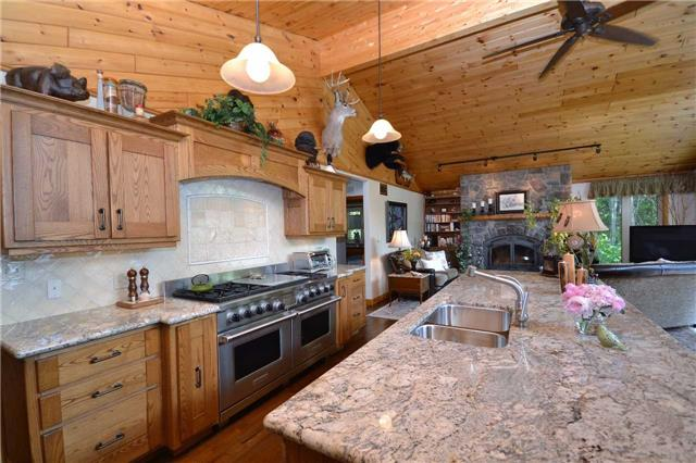 Rural Residence at 38 Hawk's Bay Lane, North Kawartha, Ontario. Image 14