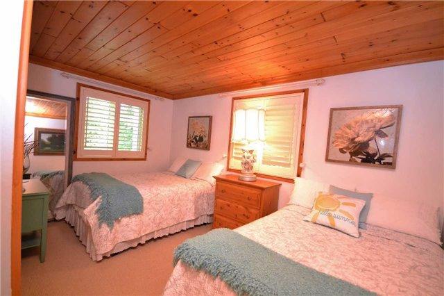 Rural Residence at 38 Hawk's Bay Lane, North Kawartha, Ontario. Image 20