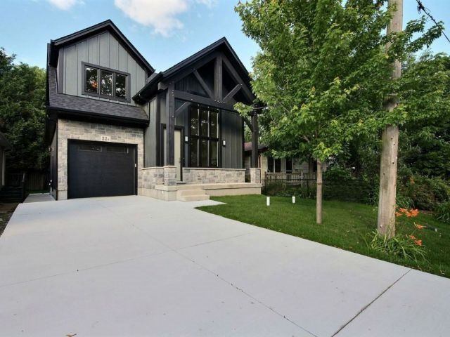 Detached at 22A Corbett Ave, St. Catharines, Ontario. Image 1