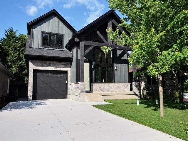 Detached at 22A Corbett Ave, St. Catharines, Ontario. Image 12