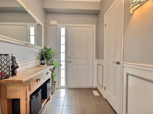 Townhouse at 8 Lakelawn Rd, Unit 29, Grimsby, Ontario. Image 14
