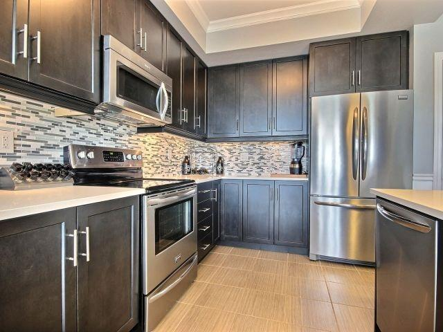 Townhouse at 8 Lakelawn Rd, Unit 29, Grimsby, Ontario. Image 20