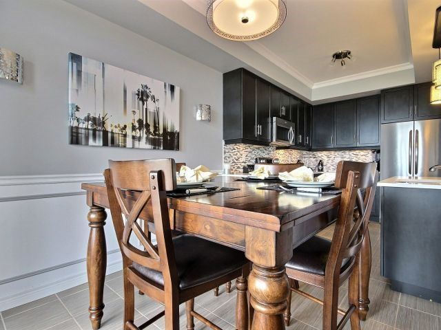 Townhouse at 8 Lakelawn Rd, Unit 29, Grimsby, Ontario. Image 2