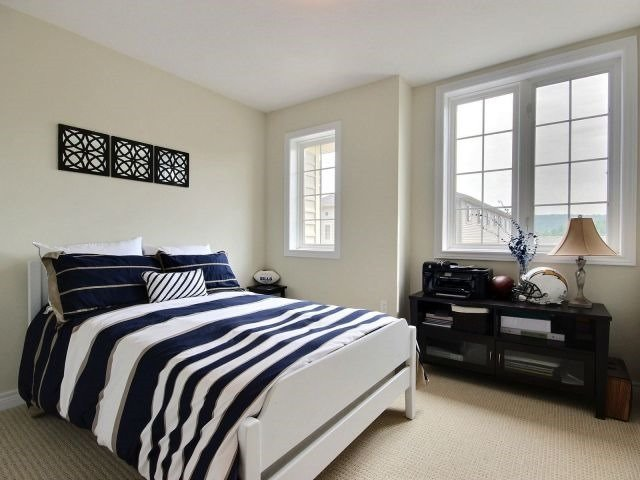 Townhouse at 8 Lakelawn Rd, Unit 29, Grimsby, Ontario. Image 7