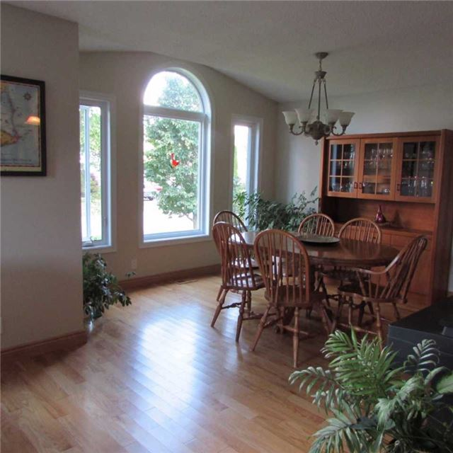 Detached at 15 Dunnett Dr, Brighton, Ontario. Image 19