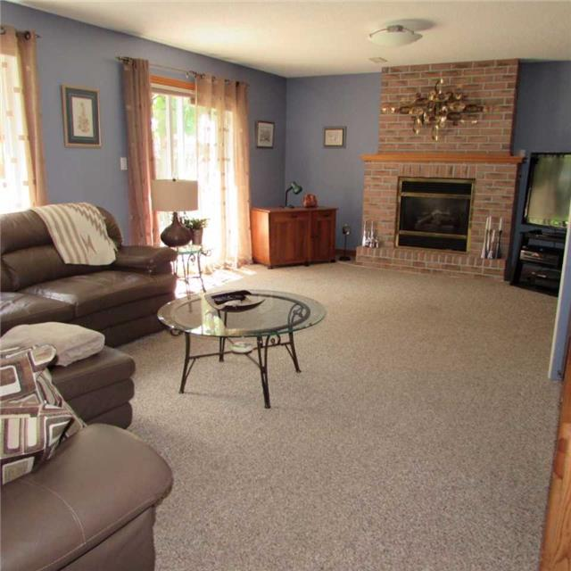 Detached at 15 Dunnett Dr, Brighton, Ontario. Image 7