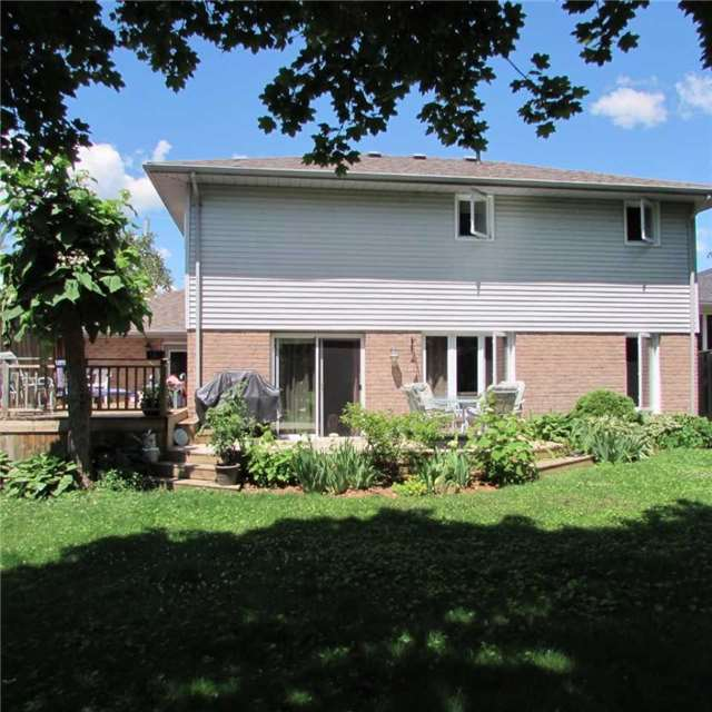 Detached at 15 Dunnett Dr, Brighton, Ontario. Image 11