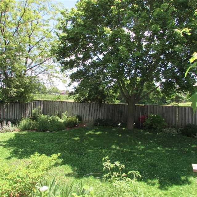 Detached at 15 Dunnett Dr, Brighton, Ontario. Image 13