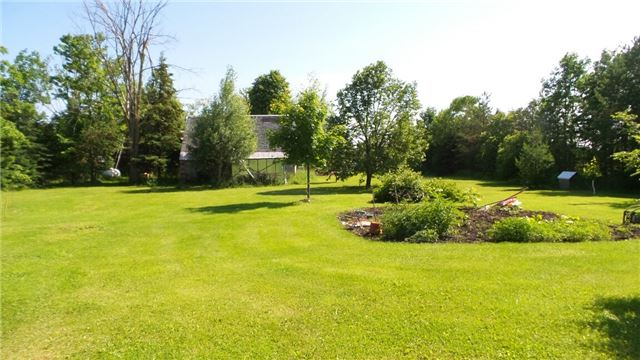 Detached at 8307 Sideroad 25 Rd, Centre Wellington, Ontario. Image 4