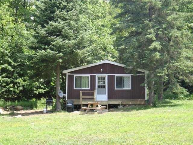 Cottage at 102 White Birch Lane, Carlow/Mayo, Ontario. Image 14