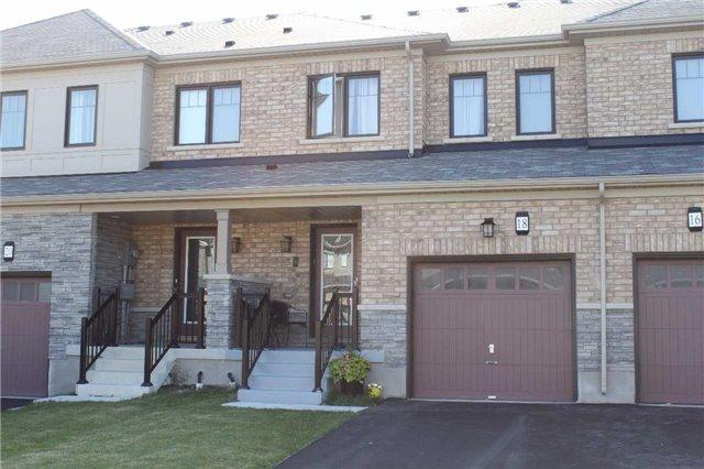 Townhouse at 18 Sherway St, Hamilton, Ontario. Image 1